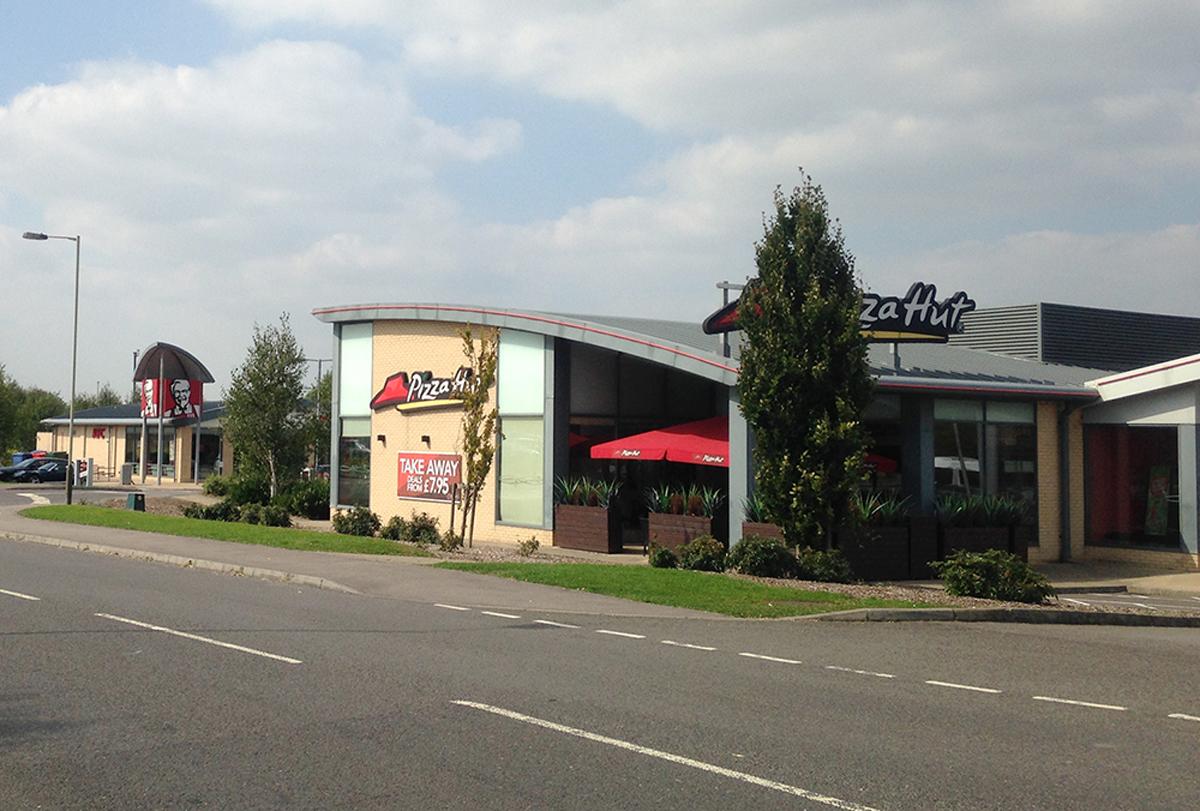 KFC and Pizza Hut at Solstice Park